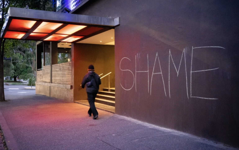 "A. MC, ""Medically Vulnerable Refugees in Australia Hotels Finally Freed,"" Al Jazeera, 22 January 2021, https://www.aljazeera.com/news/2021/1/22/medically-vulnerable-refugees-in-australia-hotels-finally-freed"