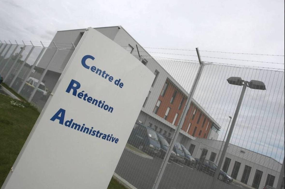 Rennes-Saint Jacques-de-la-Lande Centre de Rétention Administrative (CRA), which has been gradually emptied since the start of the crisis (https://www.ouest-france.fr/sante/virus/coronavirus/coronavirus-le-centre-de-retention-administrative-de-rennes-est-ferme-6795399)