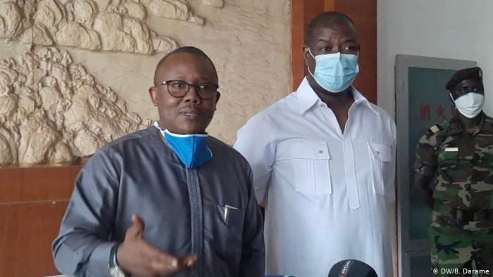 """DW, """"COVID-19: Presidente da Guiné-Bissau Renova Estado de Emergencia,"""" 26 April 2020, https://www.dw.com/pt-002/covid-19-presidente-da-guin%C3%A9-bissau-renova-estado-de-emerg%C3%AAncia/a-53251830"""