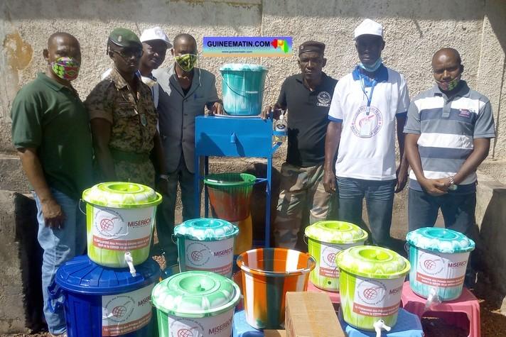 Fraternité Des Prisons Members Along with the Dubréka Prison and Coyah Prison Directors, (GuinéeMatin,