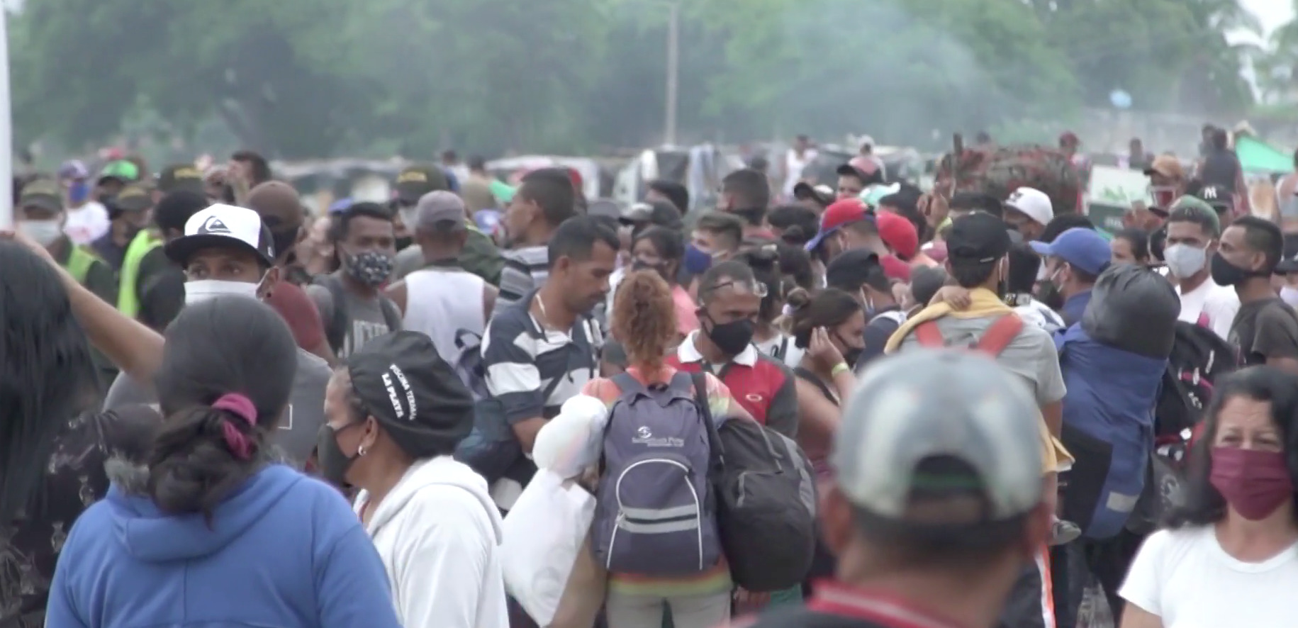 Venezuelan Migrants Stuck at the Colombian Border, (Stefano Pozzebon,