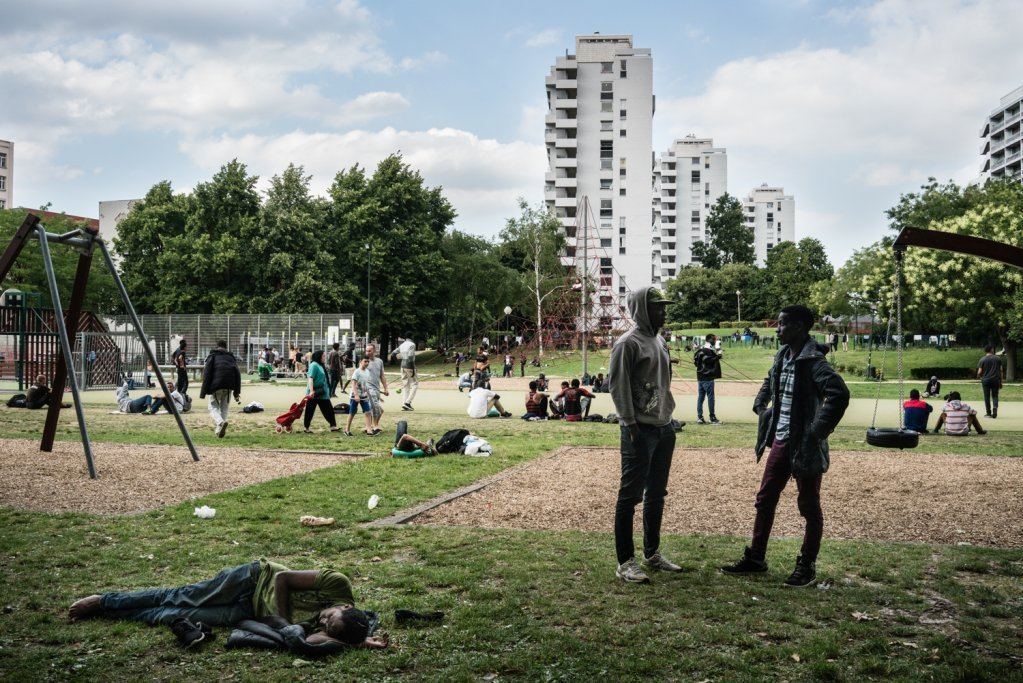 Migrants Left Homeless at the Maximilien Parc in Brussels, (Plateforme Citoyenne de Soutien aux Réfugiés, L. Carretero,
