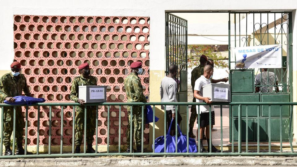 Military Personnel Carry Ballot Boxes and Voting Equipment to a Polling Station in Praia on 17 April 2021, (AFP, TRT World,