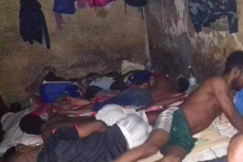 """Dormitories inside Moroni prison © Faïza Soulé Youssouf (Mayotte la 1ere, """"L'actualité régionale 16 Février,"""" 16 February 2021, https://la1ere.francetvinfo.fr/mayotte/l-actualite-regionale-16-fevrier-935446.html)"""